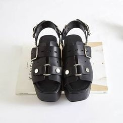 BAYO - Buckled Platform Sandals