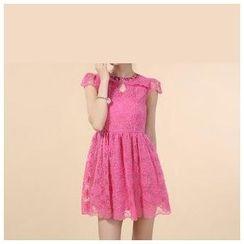 草莓花朵 - 水钻盖袖刺绣欧根纱连衣裙