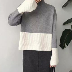 Cloud Nine - 插色高領毛衣
