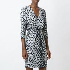 Dream a Dream - 3/4-Sleeve V-neck Dress