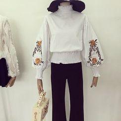 Honeydew - 刺繡泡泡袖襯衫