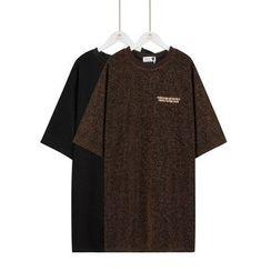 Momewear - Short-Sleeve Lettering Glitter T-Shirt