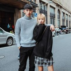 Simpair - Couple Matching Turtleneck Chunky Sweater
