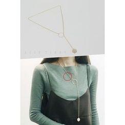 ATTYSTORY - Metallic Round Necklace