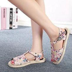Mancienne - Floral Espadrille Flat Sandals