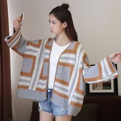 Ashlee - Patterned Loose Fit Cardigan