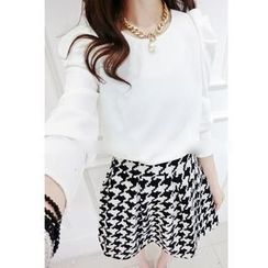 Lovebirds - Set: Puff-Sleeve Blouse + Houndstooth Skirt