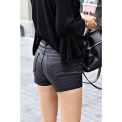 migunstyle - Flat-Front Faux-Leather Shorts