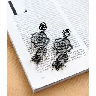 Petit et Belle - Filigree Rose Chandelier Earrings