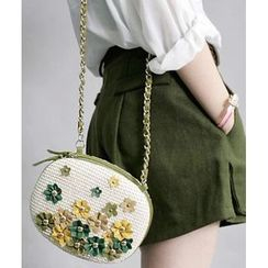 Trava - Flower Accent Straw Shoulder Bag