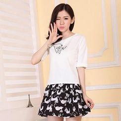 Hanee - Set: Short-Sleeve Cat-Print T-Shirt + Skirt