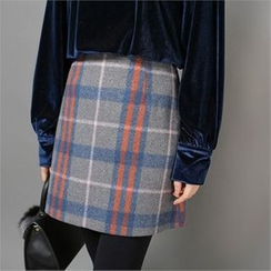 Styleberry - Plaid A-Line Mini Skirt