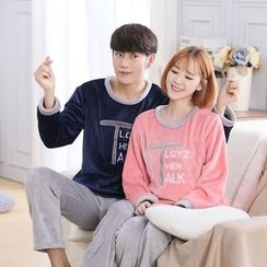 Fancy Show - Pajama Set: Lettering Couple Top + Pants