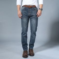 EAST Fox - Washed Straight Cut Jeans