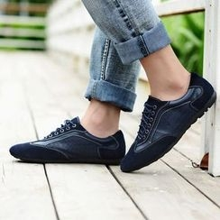 MARTUCCI - Genuine Leather Embossed Oxfords