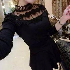 lilygirl - 新款女裝韓版時尚百搭網紗拼接蕾絲花邊上衣針織打底衫潮