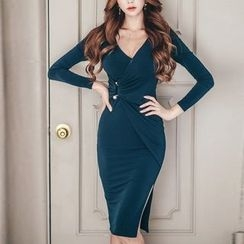 Jolly Club - Long-Sleeve Slit Dress