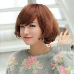 Sankins - Short Full Wig - Wavy