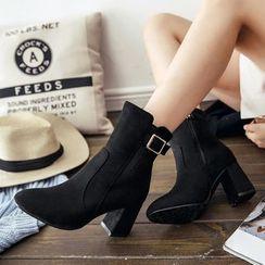 Sidewalk - 粗跟短筒靴