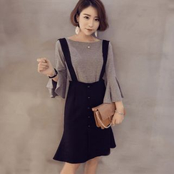 ANGELA - 套装: 荷叶七分袖针织上衣 + 背带裙