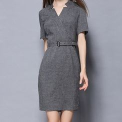 Merald - Short-Sleeve V-neck Sheath Dress