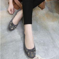 Monde - 铆钉平跟鞋