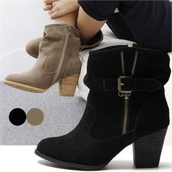 Reneve - Buckled Zip Side Boots