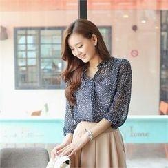 Styleberry - Tab Sleeve Star Print Sheer Chiffon Blouse