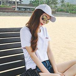 Jolly Club - Short-Sleeve Pocket-Accent T-Shirt