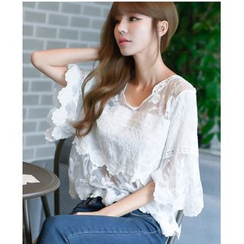 Dowisi - Tiered Short-Sleeve Lace Top