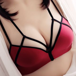 HYG Lingerie - Set: Strappy Wireless Bra + Panties