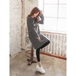 LOLOten - Pocket-Side Lettering Stripe T-Shirt Dress