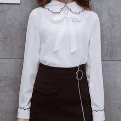 Romantica - Set: Tie-Neck Blouse + Zip Skirt
