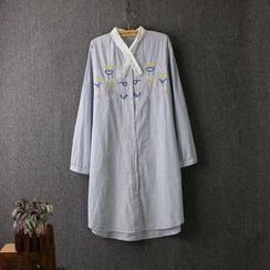 Blue Rose - Embroidered Long Shirt