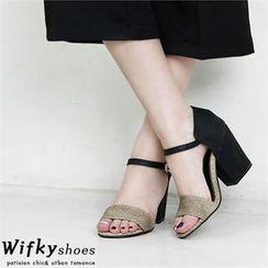 Wifky - 仿皮雙色粗跟涼鞋