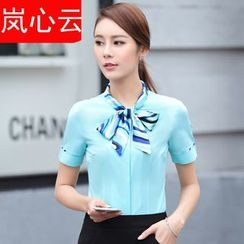 Skyheart - 套装: 领结带短袖西装衬衫 + 短裙