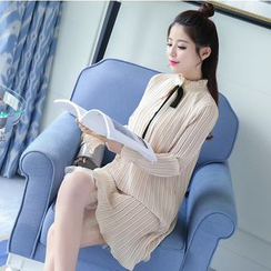 Mandalle - Long-Sleeve Pleated Shift Dress
