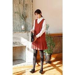 CHERRYKOKO - Sleeveless Pleat-Hem Mini Shift Dress