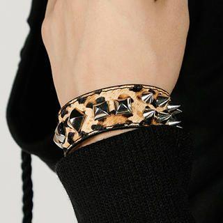 Rememberclick - Spike Leopard Bracelet
