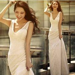 Gracia - V-Neck Sheath Wedding Dress