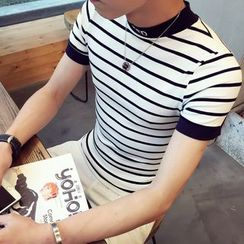 Besto - Striped Short Sleeve Mock Neck T-Shirt