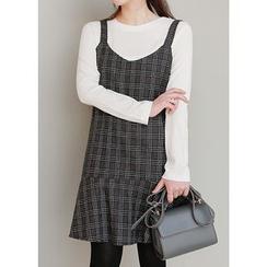 J-ANN - Ruffle-Hem Wool Blend Plaid Jumper Dress