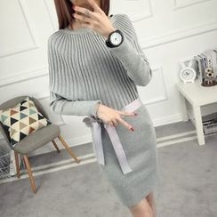 anzoveve - Batwing Sleeve Knit Dress