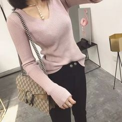 Ranche - V-Neck Long-Sleeve Knit Top