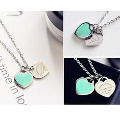 MOMENT OF LOVE - Heart Necklace
