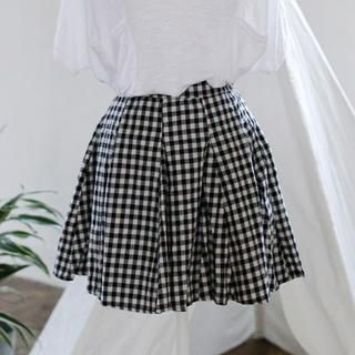 GOROKE - Pleated Gingham Skirt