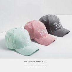 Newin - Lettering Cap