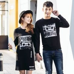 Igsoo - Couple Matching Printed Long-Sleeve T-Shirt / T-Shirt Dress