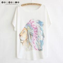 Maymaylu Dreams - Lion Print Crewneck T-Shirt