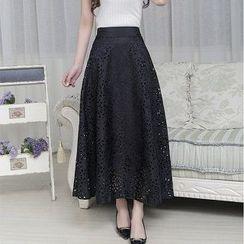 Flore - Eyelet Skirt